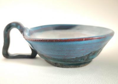 """A ceramic coffee or tea mug set with a """"Heart"""" like handles AAP15"""